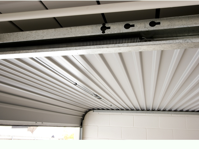B&D Innovates with Flexible Garage Door